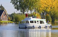 Locaboat gibt die Buchungen für 2022 frei
